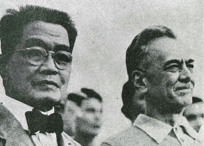 Aguinaldo and Quezon during Flag Day, 1935. The first President sported the flattest flattop even in old age.